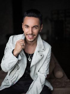Тимур Родригез выпустил клип на песню «За тобой»