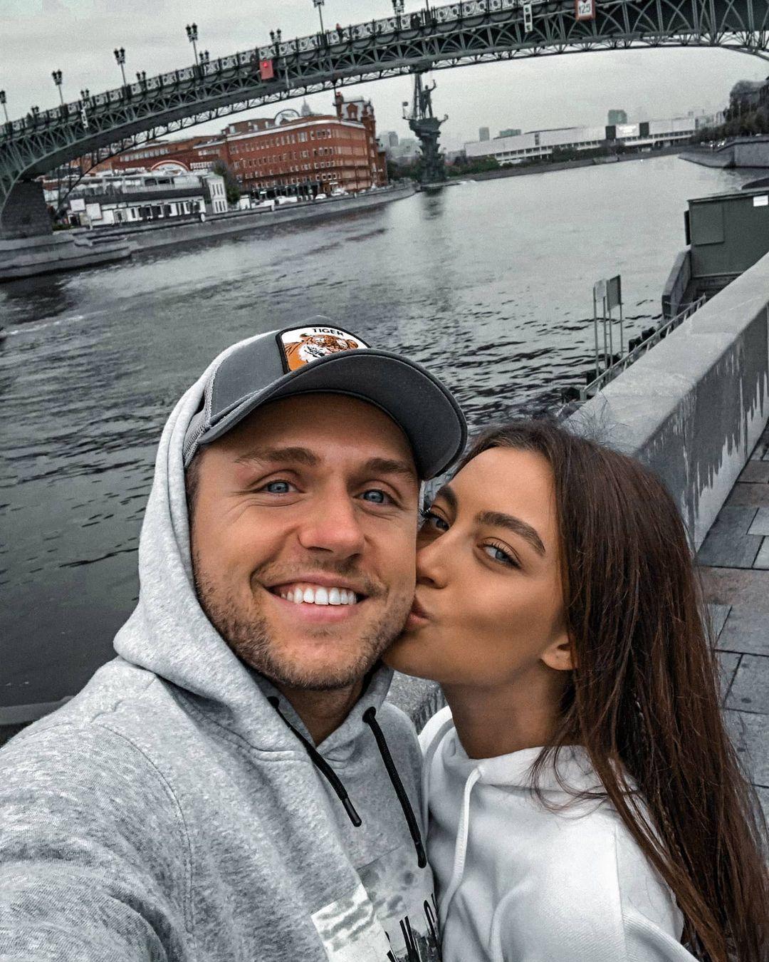 Влад Соколовский расстался с девушкой