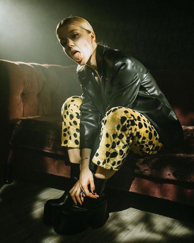 Кто снимался в клипе Юлианы Карауловой «Дикая пума»